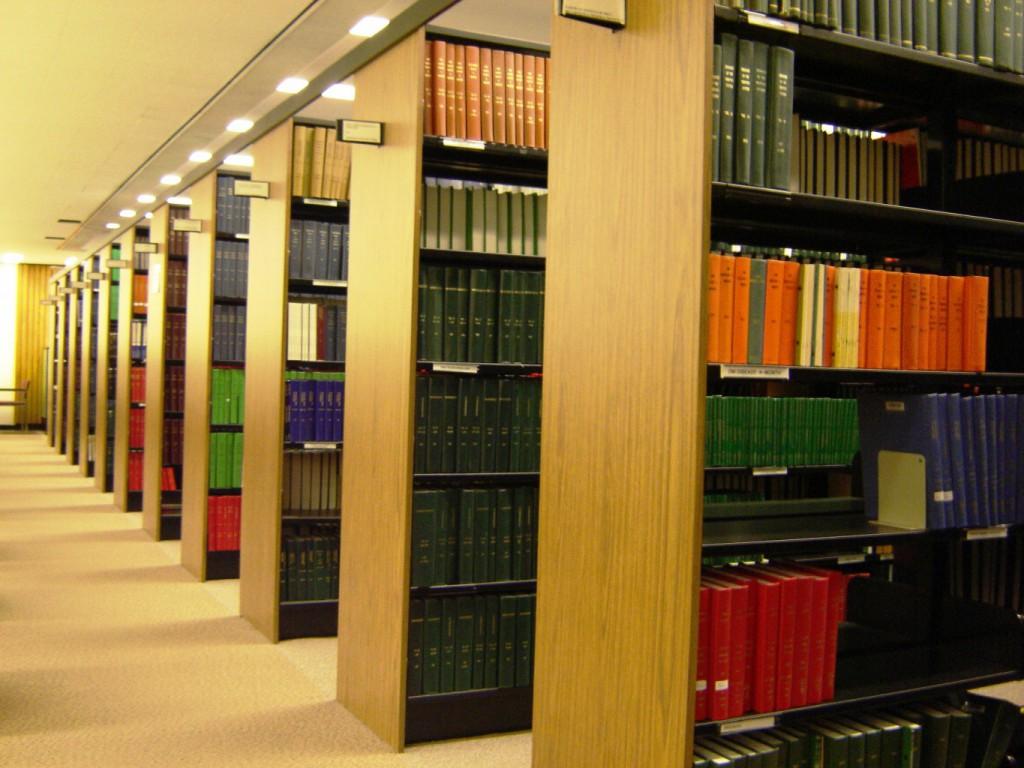 Rows_of_Bookshelves